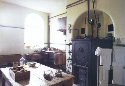 English kitchens - Petworth House kitchen scullery - WOI via Atticmag