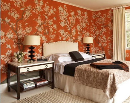 floral walls - orange Chinoiserie wallpaper in bedroom by Sara Story - via Atticmag