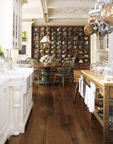 Charmant White And Wood Kitchen In An Edwardian Townhouse Kitchen Addition   House  Beautiful Via Atticmag