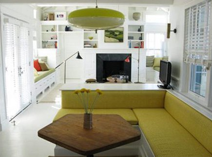 upholstery in kitchens - built in dining banquette with upholstered cushions - 2michaels via Atticmag