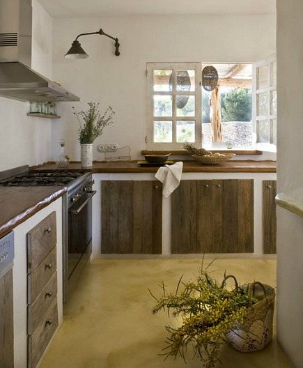 Spanish Island Kitchens