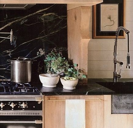 rustic white oak cottage kitchen by Melanie Pounds - House Beautiful via Atticmag