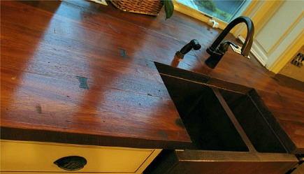 wood look concrete counters from J M Lifestyles via Atticmag