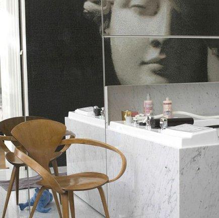 bathroom wall mural - Carrara marble bath with Bisazza Endimione glass tile mural - Bisazza via Atticmag
