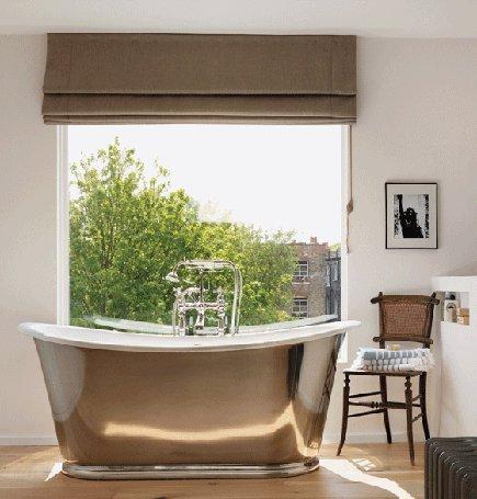 silver bathtub - Drummond's silver finish Usk slipper tub - via Atticmag