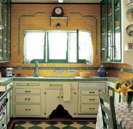 vintage yellow kitchen - Art Deco era yellow and green kitchen - oldhouseonline via atticmag