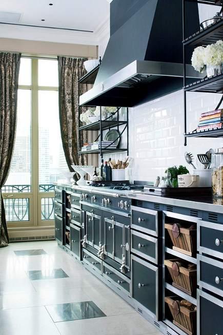 restaurant ranges - black La Cornue Chateau series range in a Mick De Giulio kitchen - De Giulio via Atticmag