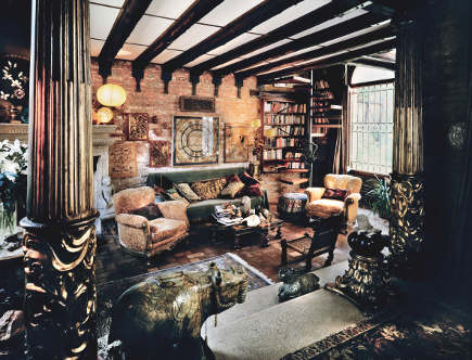 living room from Venetian Interiors - Rizzoli Books via Atticmag