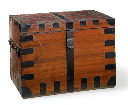 Brooke Astor estate auction - cedar and metal trunk from the estate of Brooke Astor - Sotheby's via Atticmag