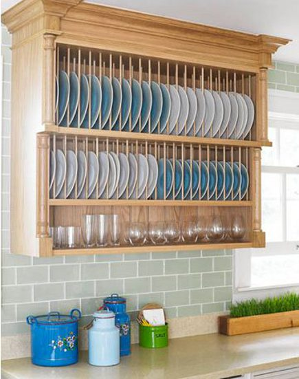 kitchen plate racks - Smallbone of Devizes classic 3 tier plate rack with cornice top - via atticmag