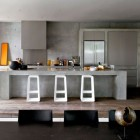 Minimalist Kitchen Hoods