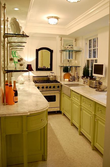 apple green galley kitchen by Greeson and Fast Design via Atticmag