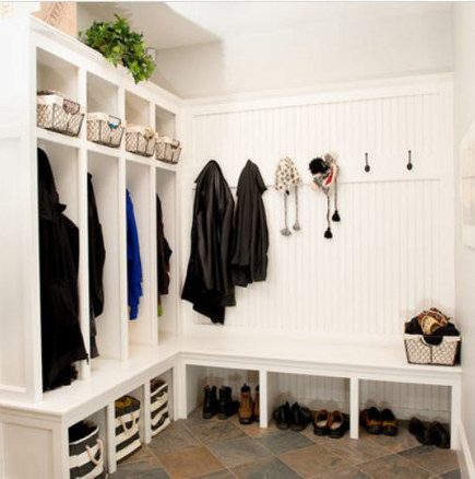 Mudroom storage - with hanging bays painted in Benjamin Moore's gray Owl. Houzz via Atticmag