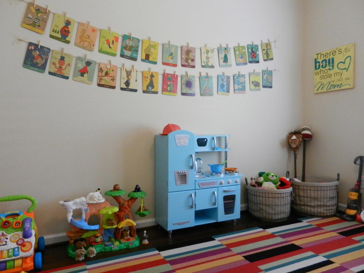 colorful playroom - Kidkraft vintage blue pretent playkitchen via Atticmag
