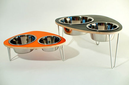 modern pet furniture - modern style raised pet feeding bowls - ModPet NYC via Atticmag