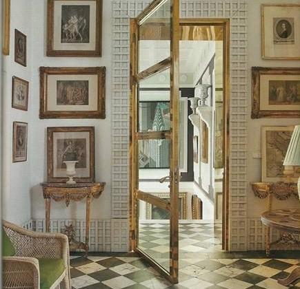 brass and galss interior door in Madrid apartment by Lorenzo Castillo