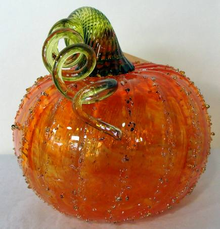 hand-blown glass pumpkins from Northwest Glass Pumpkins via Atticmag