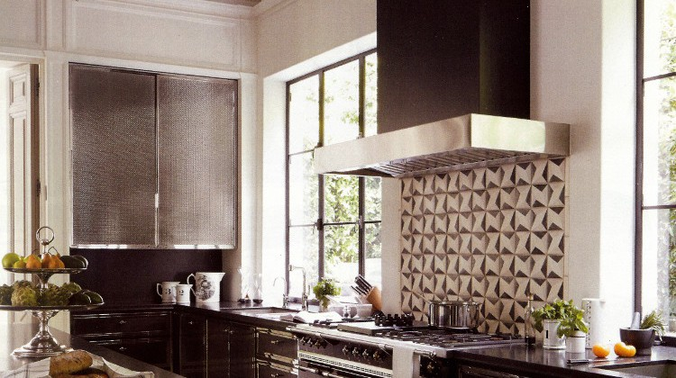black kitchen - with Lenox steel and nickel black cabinets - Veranda via Atticmag