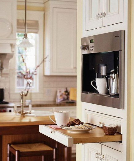 kitchen luxuries - built-in Miele espresso machine - Decorology via Atticmag