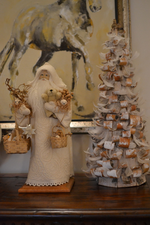 Christmas decor - Lynn Haney Collection Santa of White Woods - Atticmag