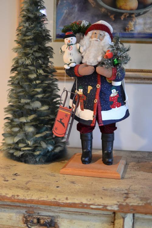 Christmas decor - Lynn Haney Collection Let it Snow Santa - Atticmag