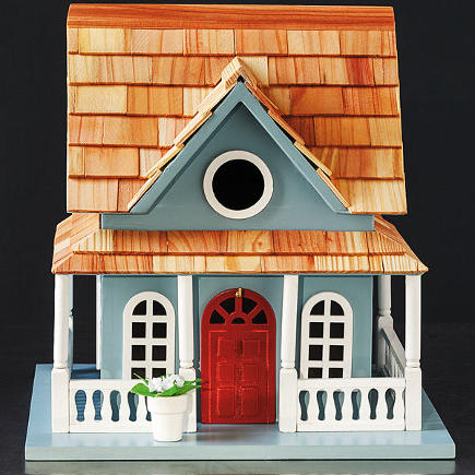 Chesapeake-Style Cottage Birdhouse - Smithsonian Museum via Atticmag