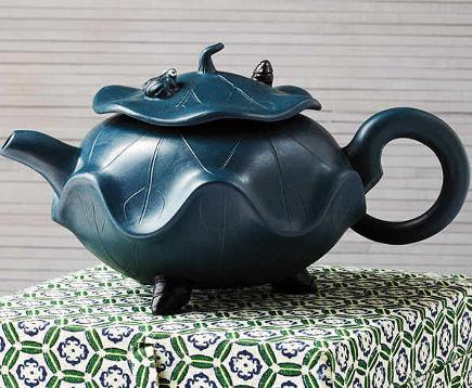 Yixing Lotus Leaf Teapot - Smithsonian Museum via Atticmag
