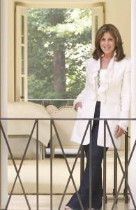 Atlanta interior designer Suzanne Kasler - Architectural Digest via Atticmag