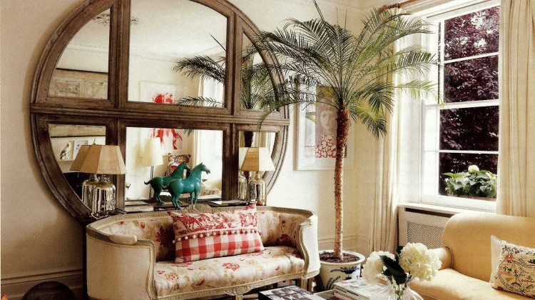 living room decorating ideas - living room with bathtub sofa and oversize by D'Erlanger and Sloan - House&Garden via Atticmag