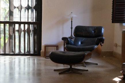 where architects live - home of Bijoy Jain – photo by Francesca Molteni - salone del mobile via Atticmag