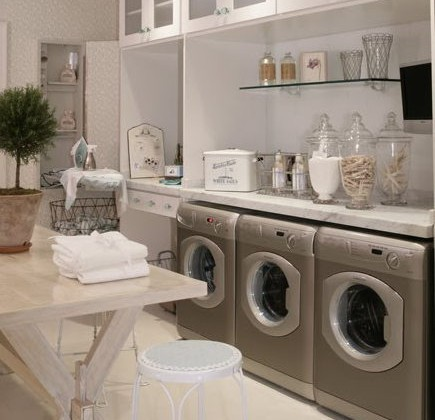 laundry room built ins - Hamptons Design show house - ikeafans via atticmag