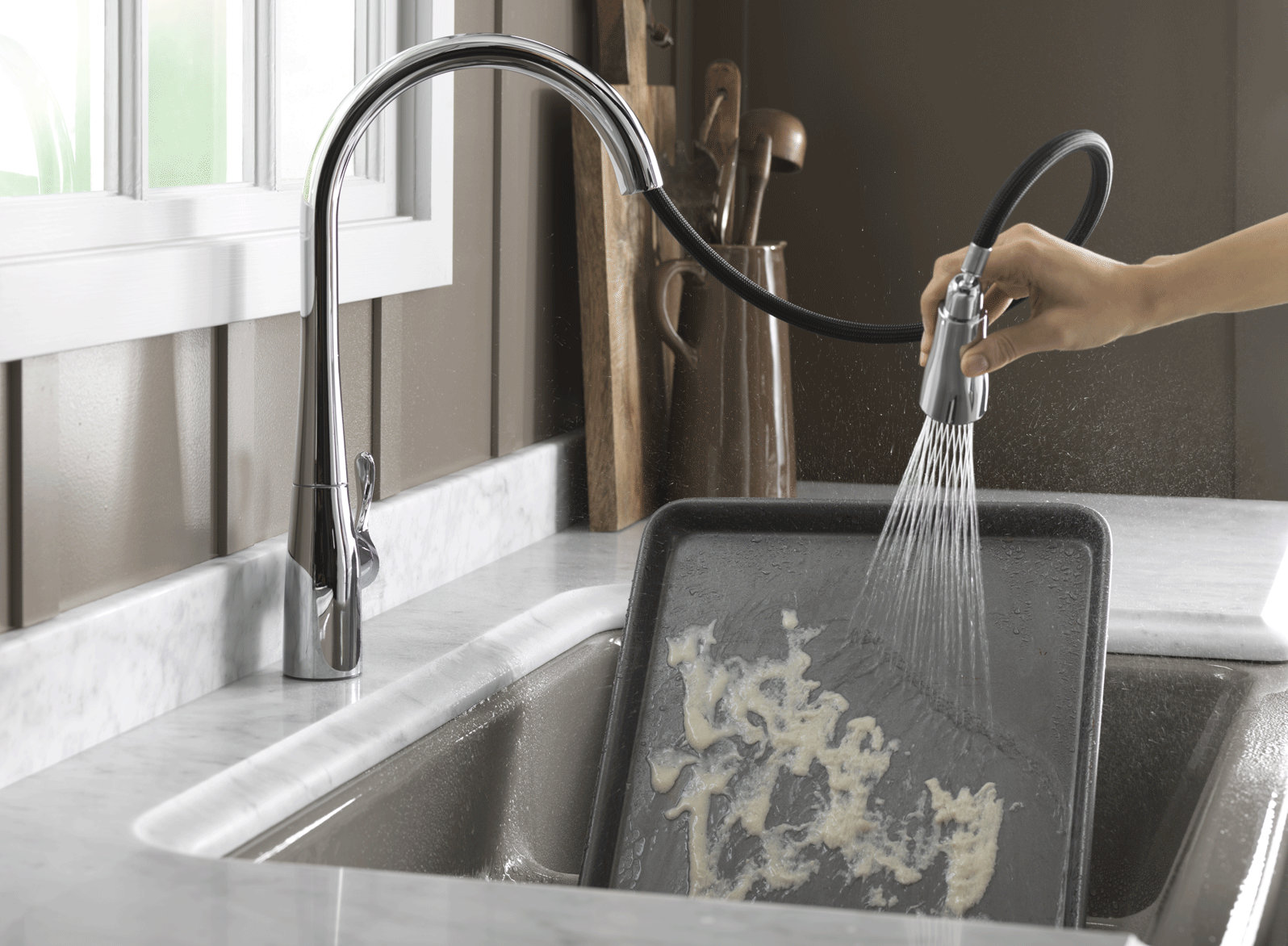Sensate no-touch motion faucet - Kohler via Atticmag