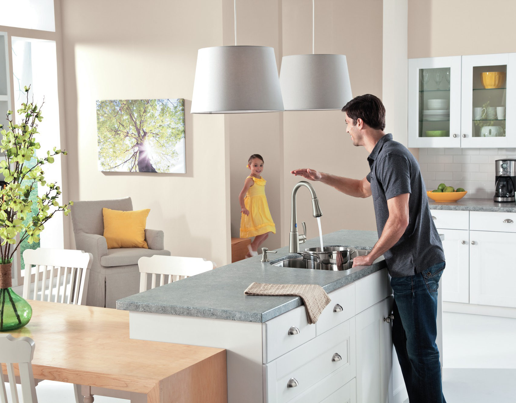 Delaney motionsense kitchen sensor faucet - Moen via Atticmag