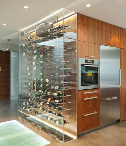 kitchen cabinet lighting - illuminated glass box wine storage cabinet - idea-construcciones.com via Atticmag