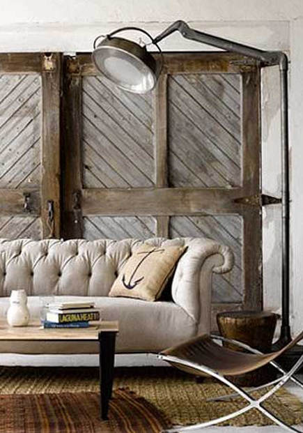 Diagonal plank and 4-square framed natural wood interior barn doors – Decorology via Atticmag