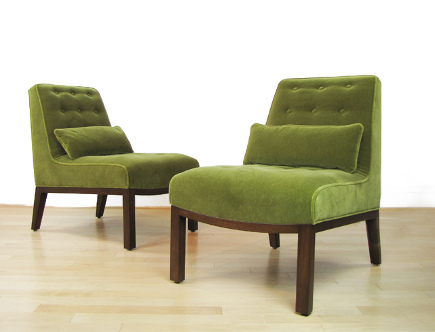 Edward Wormley Dunbar slipper chairs in moss green Maharam mohair, lumbar pillow, with walnut base – Archer Modern via Atticmag