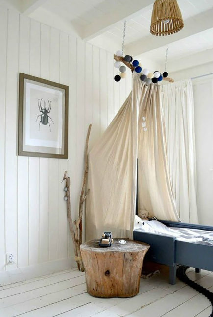 kids room decor - canvas draped childs bed -frivolebysuus via atticmag