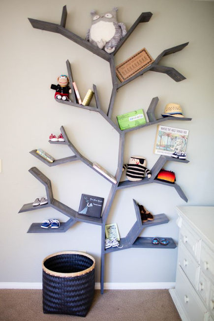 kids room decor - tree wall shelf - acquaphoto via atticmag