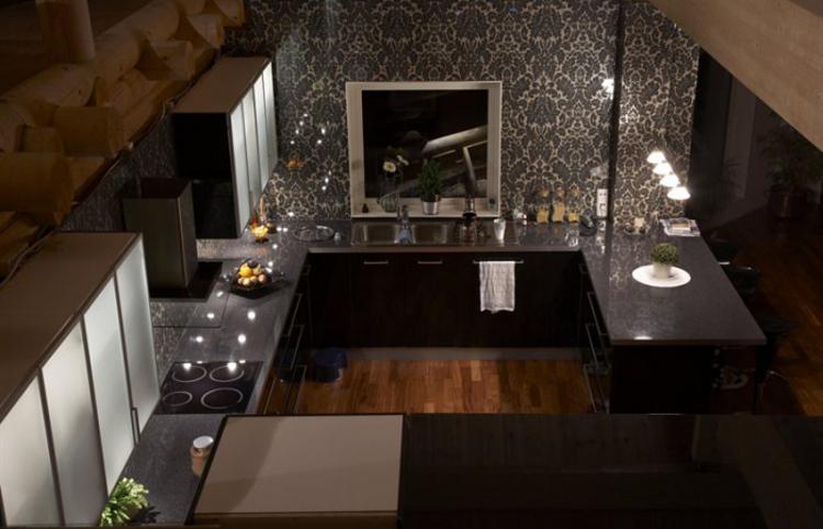 damask tile - overview of a Swedish seaside kitchen with a damask tile backsplash - bolli.se via Atticmag