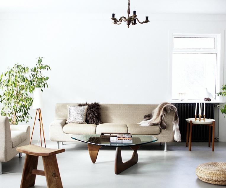 designer furniture - Isamu Noguchi Coffee Table 1948, in white ash - apartment therapy via atticmag
