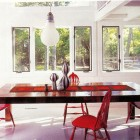 jonathan adler and simon doonan's long island beach house - dining room - Hamptons Cottages & Gardens via Atticmag