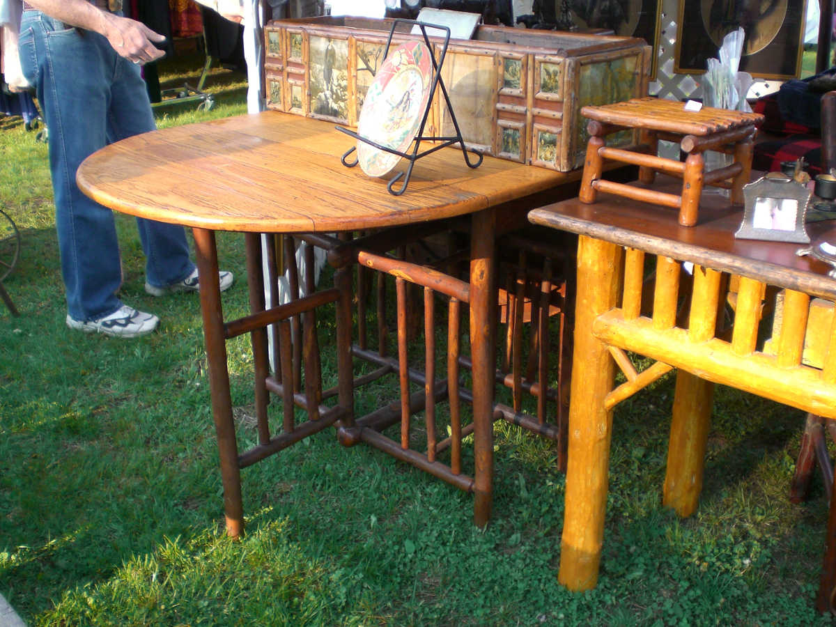 fishing camp - antique old hickory, Adirondack style furniture at the Brimfield Antiques show - Atticmag