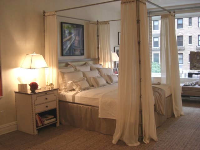 inspired design showhouse - master bedroom canopy bed with cream color linens by Cullman & Kravis - Atticmag
