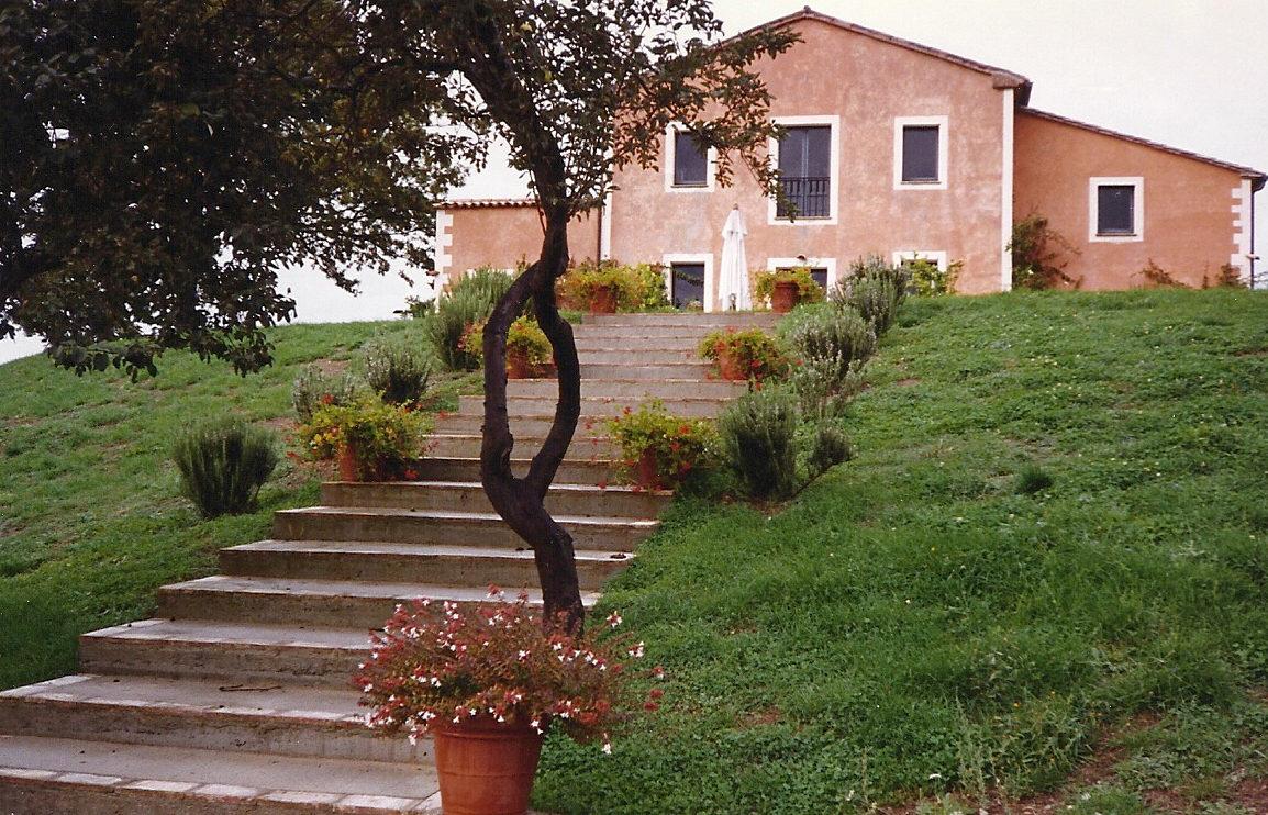 Tuscan villa rental in San Casciano dei Bagni, Italy - Atticmag