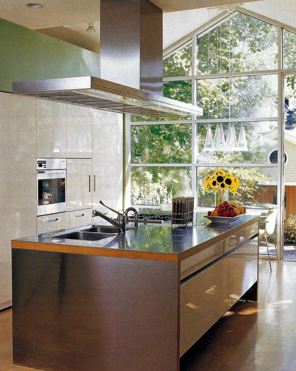 Glass Wall Kitchen   Chicago Townhouse Kitchen With Full Glass Wall   Met  Home Via Atticmag