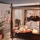 Royal Copenhagen 2015 Christmas - Christmas morning bedroom vignette with Star Fluted Christmas china - Royal Copenhagen via Atticmag
