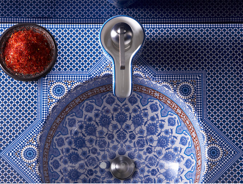 exotic bathroom sinks - Kohler Marrakesh under mounted decorated sink in the Marrakesh vitreous china console - Kohler via Atticmag