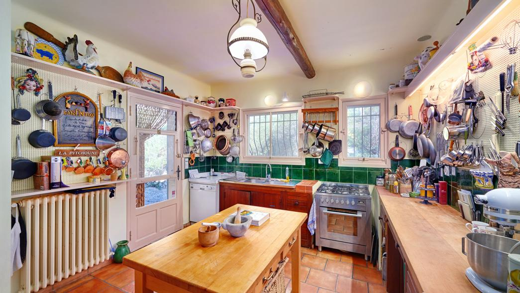 Julia Child - current view of the kitchen at La Pitchoune, Julia Child's house in the South of France - Sotheby's via Atticmag