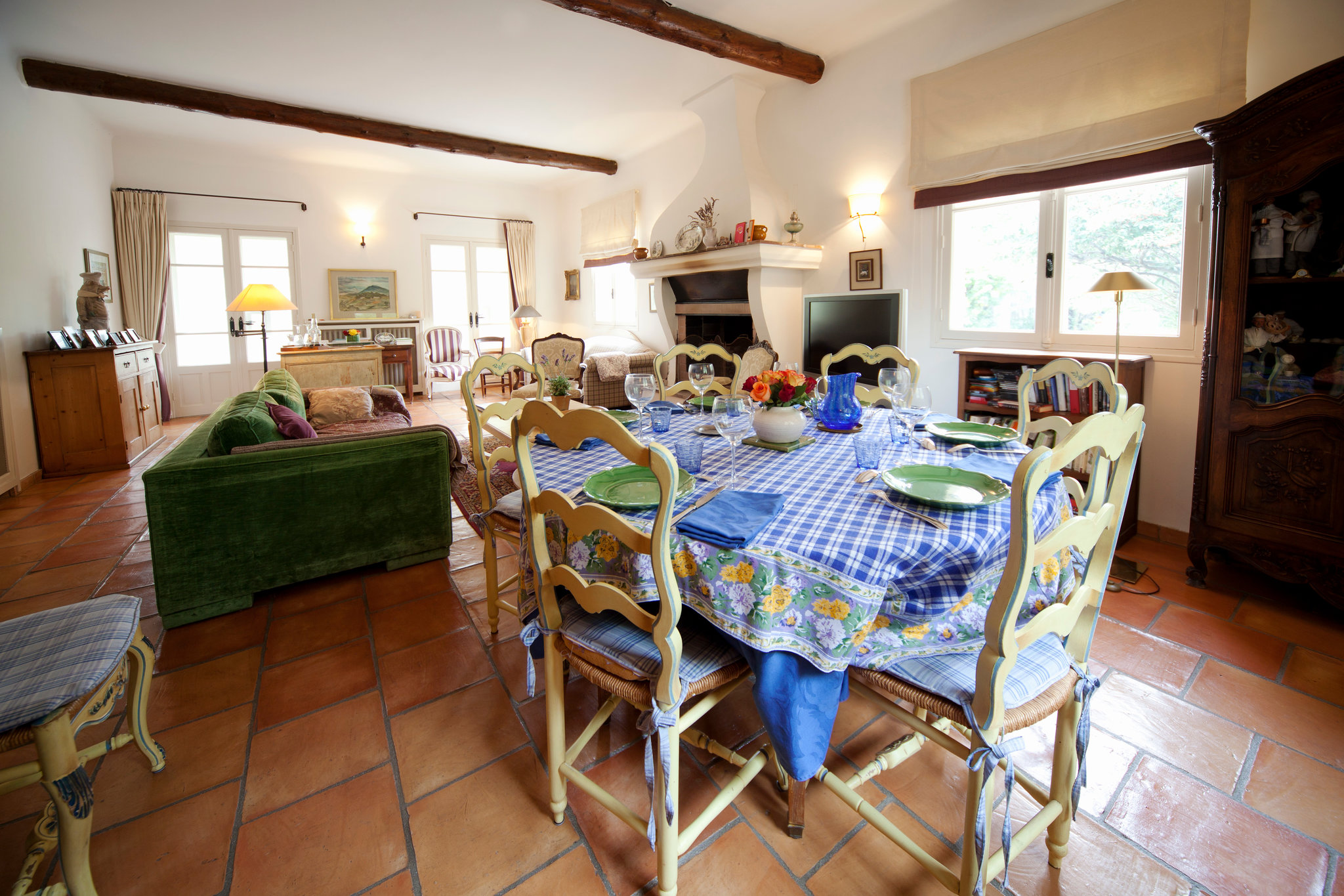 Julia Child - great room at La Pitchoune, Julia Child's house in the south of France - NY Times via Atticmag