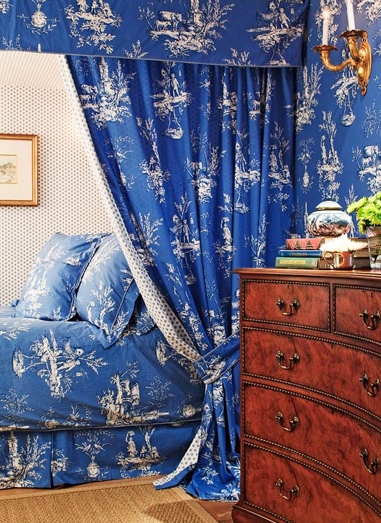 toile bedrooms - white on blue Duralee toile in a bedroom by Mary Douglas Drysdale - Trad Home via Atticmag